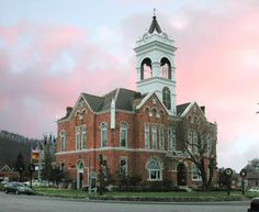 Historic Court House ~ Blairsville, GA. A history museum of Blairsville that offers tours.