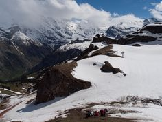 Mai 2013, Trainingslager in Mürren. Im Aufstieg zum Schilthorn, leider wegen zu viel Schnee nicht erreicht. Goju Ryu, Mai, Mount Everest, Training, Mountains, Nature, Travel, Snow, Naturaleza