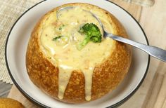 Crockpot Broccoli Cheddar Soup - My Favorite Recipes Crockpot Broccoli Cheddar Soup, Broccoli Cheese Soup, Fresh Broccoli, Crockpot Recipes, Slow Cooker Recipes, Cooking Recipes, Slow Cooking, Pan Relleno, Good Food