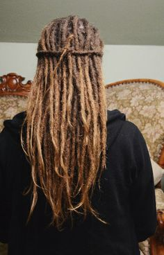 Blonde Dreadlocks, Short Dreads, Dreads Girl, Dance Hairstyles, Dreadlock Hairstyles, Messy Hairstyles, Hair And Beard Styles, Long Hair Styles, White Dreads