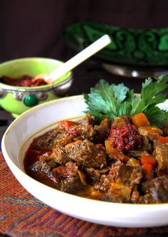 Beef Stew My Mom's Moroccan Beef Stew - This Moroccan Beef Stew was the first-place winner in the 1988 Wisconsin beef cook-off.My Mom's Moroccan Beef Stew - This Moroccan Beef Stew was the first-place winner in the 1988 Wisconsin beef cook-off. Morrocan Food, Moroccan Dishes, Moroccan Recipes, Meat Recipes, Indian Food Recipes, Cooking Recipes, Beef Tagine Recipes, Stewing Beef Recipes, Recipies