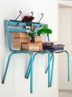 Chair on wall  #decoration #deco #hostel #hosteldecoration #inspiration #design #designidea #hosteldesignideas