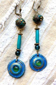 Boucles ethniques bleu canard-bleu roi. Perles par MesOdalisques
