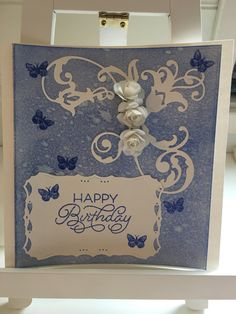 Birthdaycard, diecutting distressoxides and paperflowers