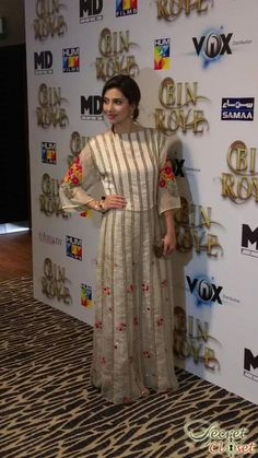 Mahira Khan's Bin Roye is out now in cinemas and is apparently enjoying full house packed shows while Humaima Malick's Dekh Magar Pyar Se is releasing on 14th August. Both stars have be…