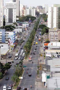 Avenida T-63 no Jardim América em Goiânia - Goiás - Brasil