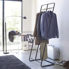 decovry.com+-+Yamazaki+|+Fantastically+Functional+Clothes+Rack