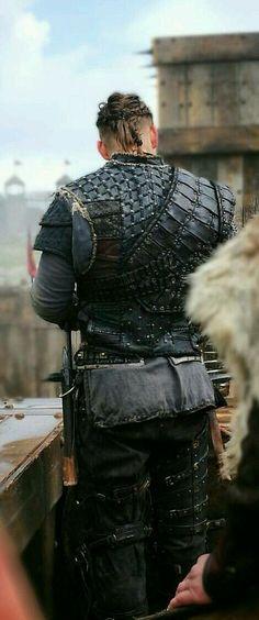 Alex Hogh as Ivar Ivar Ragnarsson, Ivar Vikings, Larp, Viking Wallpaper, Sons Of Ragnar, Viking Armor, Viking Series, Ivar The Boneless, Alex Hogh Andersen