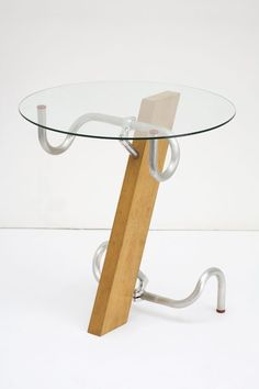 Jasper Morrison's Handlebar Table is one of hundreds of objects on view at the Design Museum London's new exhibit, Extraordinary Stories About Ordinary Things. Wood Furniture, Furniture Design, Furniture Plans, System Furniture, Pimp Your Bike, Recycled Bike Parts, Domestic Appliances, Bicycle Art, Bicycle Decor