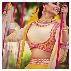 Then you've got to check out Abhinav Mishra's Mirror Work Lehengas from his 2019 spring summer collection. Saree Blouse Neck Designs, Saree Blouse Patterns, Fancy Blouse Designs, Stylish Blouse Design, Stylish Dress Designs, Dandiya Dress, Indian Bridal Couture, Blouse Vintage, Diamond Choker