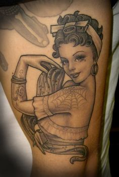 Pin up tatoo