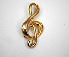 Vintage liz claiborne treble clef note by serendipitytreasure, $12.00