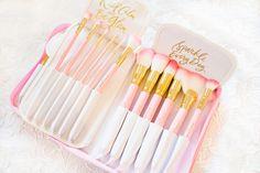 so beautiful!! Pink Glam Brush Book♥ – slmissglambeauty