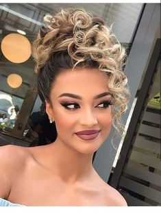 ✔ Hairstyles For School Videos Shoulder Length Curly Hair Updo, Curly Hair Styles, Natural Hair Styles, 3a Hair, Curly Bob, Braided Hairstyles, Cool Hairstyles, Quince Hairstyles, Black Wedding Hairstyles