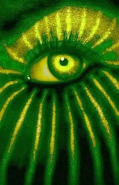 Through Watermelon green eyes for Cillio Pretty Eyes, Cool Eyes, Beautiful Eyes, Go Green, Green Colors, Olive Green, Crazy Eyes, Look Into My Eyes, Human Eye