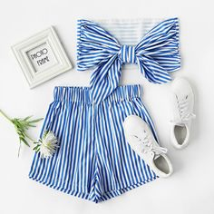 8a3ddd2b79a Stripe Bow Tie Back Strapless Crop Top With Shorts