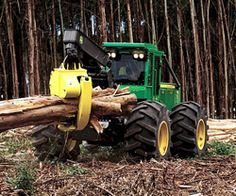 Grapple Skidder by John Deere: Serious business. 3 year old Elliot loves heavy machinery. Logging Equipment, Heavy Equipment, Big Trucks, Ford Trucks, Doomsday Survival, John Deere Equipment, Compact Tractors, Engin, Baddies