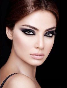 Maquillaje elegante y versátil para bodas y otras celebraciones
