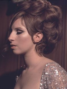 """bellecs: """" """"I dont think I'll ever have enough confidence. I'm never satisfied with anything I do."""" - Barbra Streisand """" Barbra, You, my idol, are a gem that's once in a life time. Funny Girl Movie, Funny Lady, Funny Girls, Sara Montiel, Barbra Streisand, Girls Makeup, Female Singers, Hello Gorgeous, Famous Faces"""