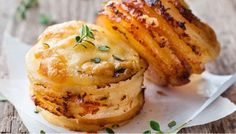 CHEESY POTATO GRATIN STACKS (MUFFIN TIN) | Weight Watchers Recipes