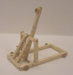 The Goblin Catapult -adjustable range Custom Woodworking, Woodworking Projects, Catapult For Kids, Wood Projects, Projects To Try, Wood Crafts, Diy Crafts, Wood Toys Plans, Woodworking