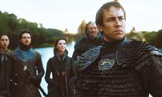 OH MY GOD. Tobias Menzies is in Game of Thrones? Why has this not come to my attention sooner? Screw reading the books, it's time to watch this show. Come at me Toby!!