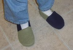 Free Fleece Slipper Pattern for kids and adults. Adjustable by enlarging with copy machine or scanner.