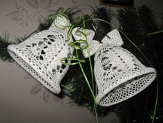 вязаные колокольчики схемы - Crochet Snowflake Pattern, Crochet Stars, Crochet Snowflakes, Christmas Bells, Christmas Angels, Christmas Crafts, Crochet Christmas Ornaments, Christmas Crochet Patterns, Pixel Crochet