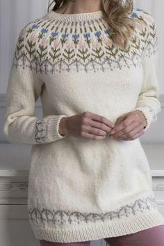 Fair Isle Knitting Patterns, Knitting Designs, Beginner Crochet Tutorial, Icelandic Sweaters, Nordic Sweater, Knit Fashion, Pulls, Hand Knitting, Knit Crochet