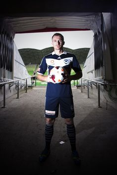 Besart Berisha in Melbourne Victory gear. Melbourne Victory Fc, Tom Youngs, Australian Football, World Football, Victorious, Soccer, Sporty, Blue, Orlando