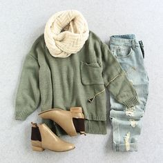 Cozy yet stylish. Perfect fall vibes.  #outfits #sweaters #casualvibes #romwe