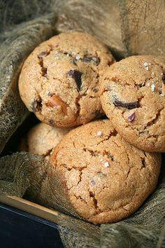 Flourless Peanut butter & Chocolate Cookies by Le Petrin, via Flickr