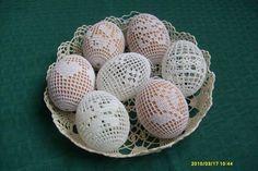 Easter Egg Pattern, Easter Crochet Patterns, Crochet Blanket Patterns, Crochet Placemats, Crochet Doilies, Easter Projects, Easter Crafts, Thread Crochet, Filet Crochet