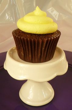 Chocolate Cupcakes with Pastel Yellow Icing by BabyCakes Bakery:: www.babycakesbakery.co.za Rainbow Pastel, Pastel Yellow, Pastel Cupcakes, Chocolate Cupcakes, Icing, Bakery, Desserts, Food, Tailgate Desserts