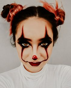 Scary Clown Makeup, Halloween Makeup Sugar Skull, Amazing Halloween Makeup, Halloween Eyes, Halloween Makeup Looks, Creepy Halloween, Halloween 2020, Halloween Party, Clown Halloween Costumes