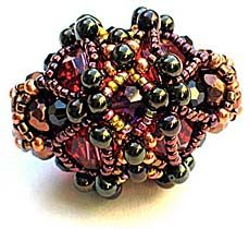 Time Machine Beaded Bead by Gwen Fisher and Florence Turnour