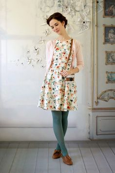 Really love this dress. Not sure I love the tights, but the dress is fab.