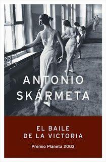 Ο χορός της Νίκης - Antonio Skármeta,  O χωρός της Νίκης του χιλιανού συγγραφέα Antonio Skármeta (περισσότερο γνωστός από τον Ταχυδρόμο του Νερούδα στον οποίο βασίστηκε η ταινία Il Postino) είναι ένα γοητευτικό μυθιστόρημα, μια ιστορία τριών προσώπων που εκτυλίσσεται στο Santiago της Χιλής ...