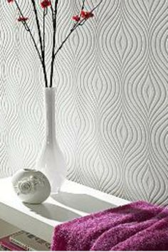 This Curvy Paintable Wallpaper design is a true retro look.
