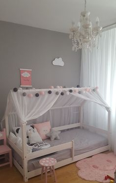 Kids Room Bed, Small Room Bedroom, Room Decor Bedroom, Girl Room, Bedroom Ideas, Small Rooms, Small Spaces, Bedroom Colors, Pretty Bedroom