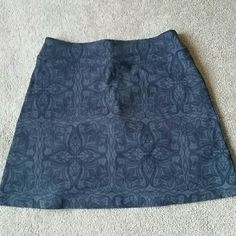 Athleta Everyday Skort Size Small Athleta Everyday Skort. Size Small. Style# 413901. Dark gray with black design. In amazing condition! No stains, rips, tears, or holes. Small zipper pocket at right thigh. Black mesh Shorts underneath skirt. VERY STRETCHY! 88% supplex nylon,  12% lycra spandex. Feel free to ask any questions. MAKE ME AN OFFER! FREE GIFT with every purchase! Bundle for further discounts. Athleta Shorts Skorts