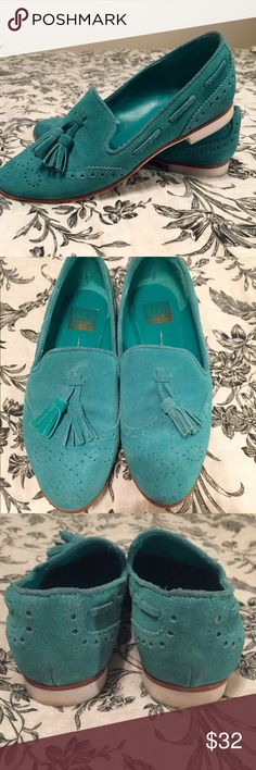 dv by Dolce Vita Teal Suede Tassel Loafers Classic style with a great pop of color. These loafers really make any outfit. They have some small signs of wear but no major defects on the suede. DV by Dolce Vita Shoes Flats & Loafers