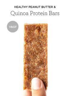 SUPER EASY Peanut Butter Protein Bars -- made with dates, nuts, seeds and peanut butter for a perfect pre- or post-workout snack! Healthy Vegan Snacks, Vegan Appetizers, Protein Snacks, Delicious Vegan Recipes, Gourmet Recipes, Snack Recipes, High Protein, Protein Superfood, Protein Recipes