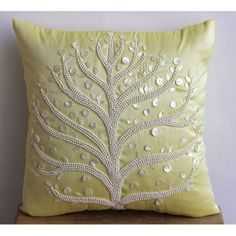 5b0463f7e78a98a91b70ba77a28628f0--decorative-pillow-covers-throw-pillow-covers.jpg 400×400 pixels