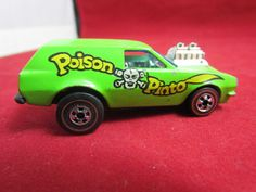 Vintage HOT WHEELS REDLINE FLYING COLORS 1975 POISON PINTO LARGE REAR WHEELS