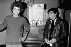 Guy Hocquenghem (suppléant) et Alain Secouet, candidats sous la bannière Différence homosexuelle aux  élections législatives de 1978, le8mars de cette année, à Paris.