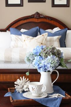 Hoping everyone had a fabulous weekend!  I am back this week continuing the cottage tour with blue and white accents for summer…and  today I am featuring photos from the Master Bedroom. I think blue may be my favorite color for bedrooms, it's just so calming and peaceful. For a pop of color, I just added a …