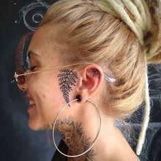 Black Tattoos, Body Art Tattoos, Girl Tattoos, Small Tattoos, Sleeve Tattoos, Tatoos, Yakuza Tattoo, I Tattoo, Piercings