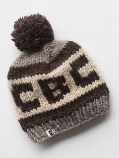 Official CBC Heritage Toque (for immediate delivery) Kids Vest, Hand Knitting, Knitting Ideas, Give It To Me, How To Make, Headgear, Unique Fashion, Winter Hats, Fall Winter