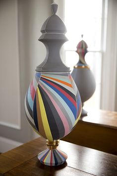 Peter Pincus, a New York born ceramic artist, is dedicated to colorful ceramic art very characteristic of his own style.